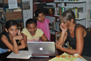 January 25: Writing with children at the biblioteca
