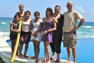 March 28: Mirna, with Michelle, Monse and friends Claudia and Stefanie